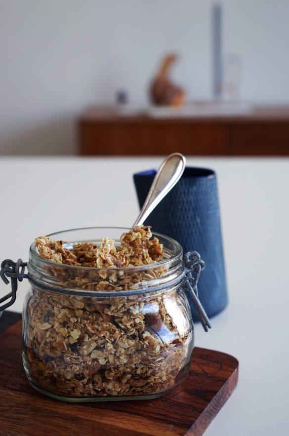crunchy müsli selber machen, nuss müsli, homemade granola